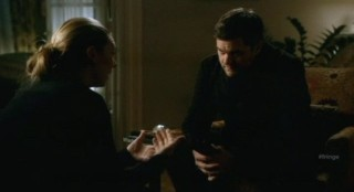 Fringe S4x13 - Peter listens to Olivia explaining