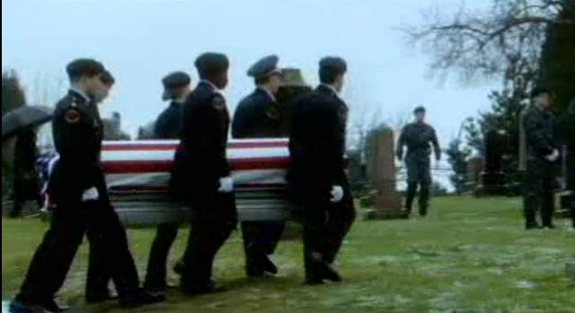 Fringe S4x18-Lincoln's casket