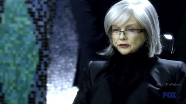 Fringe S4x19 - Old Nina Sharp in 2036
