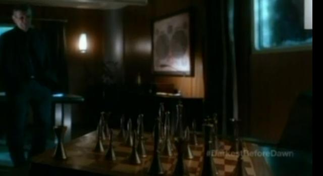 Fringe S4x21-Chess Board