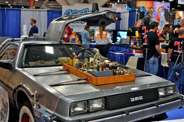 Back to the Future DeLorean at San Diego Comic-Con 2011 Helps Fight Parkinson&#8217;s Disease!