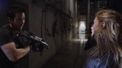 Primeval New World S1x13 - Evan and Dylan decide to split up