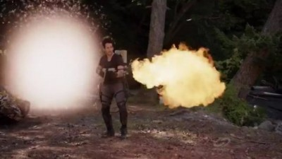 Primeval New World S1x13 - Evan chases the dino through the anomaly with a flamethrower