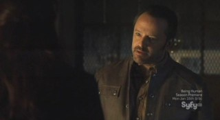 Sanctuary S4x13 - Caleb between a rock and hard place