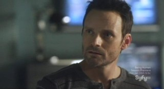 Sanctuary S4x13 - Henry is worried about what the device can do