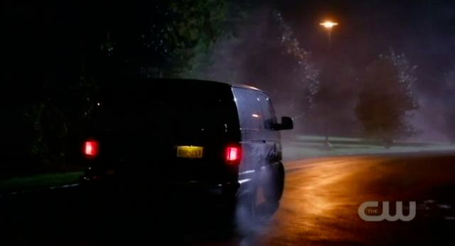 Supernatural S7x10 - Dean whipping the van like nobody's business