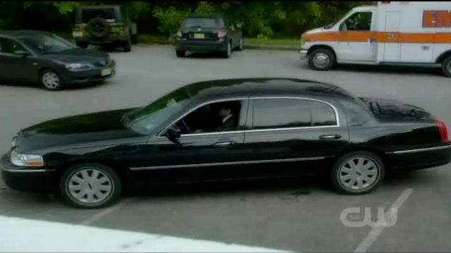 Supernatural S7x10 - Dick Roman's car
