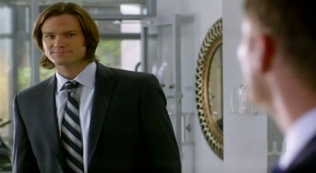 Supernatural S7x13 - Sam thinks Dean getting blown off is funny
