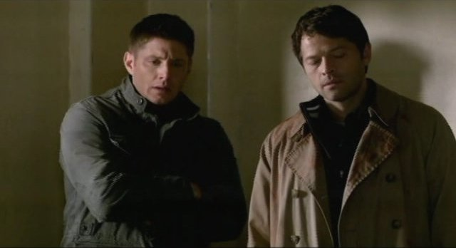 Supernatural S7x17 - Dean and Castiel after the smiting