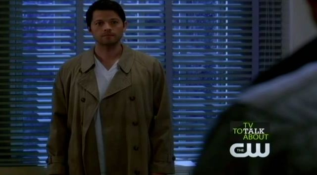 Supernatural S7x21 - Castiel in his trench coat and scrubs