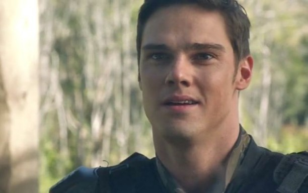 Terra Nova S1x05 - Curran insists he didn't kill Foster