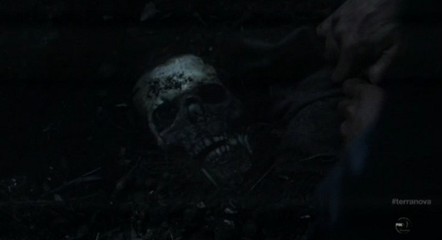 Terra Nova S1x08 - Jim finds skull at Pilgrims Tree