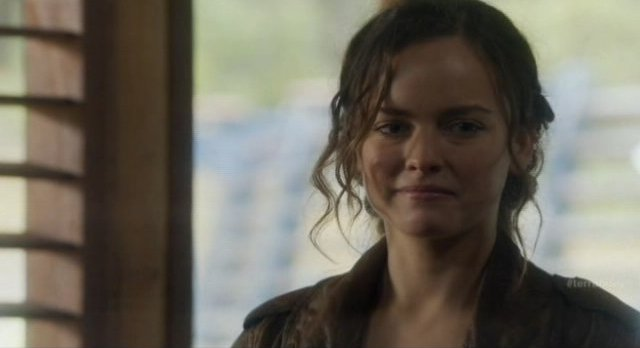 Terra Nova S1x09 - Skye the reluctant Sixer spy