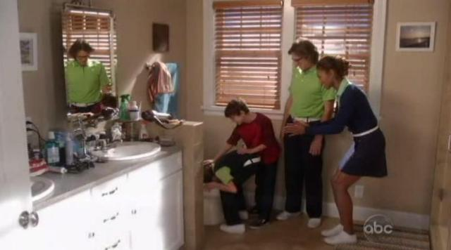 The Neighbors S1x04 Dick gets flushed