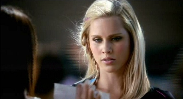 The Vampire Diaries S3x08 Elena suprises Rebekah