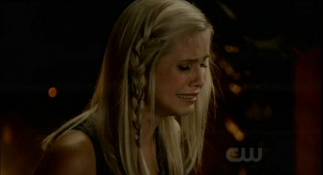 The Vampire Diaries S3x08 - Rebekah is heartbroken