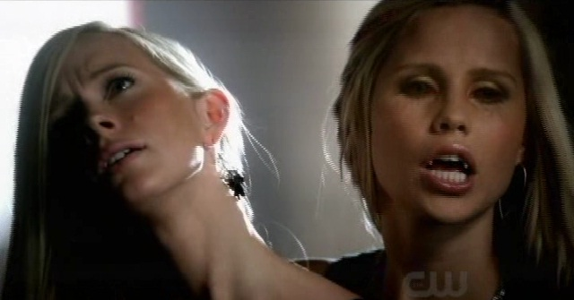 The Vampire Diaries S3x08 - Rebekah shows Elena who is boss