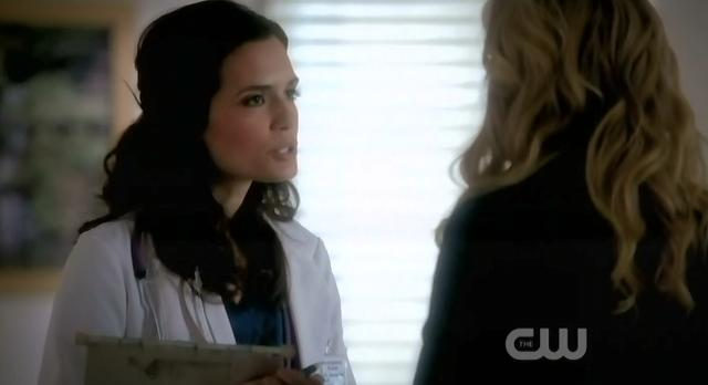 The Vampire Diaries S3x13 Carolyn speaking with Meredith