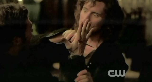 The Vampire Diaries S3x13 Finn stabs Klaus in hand