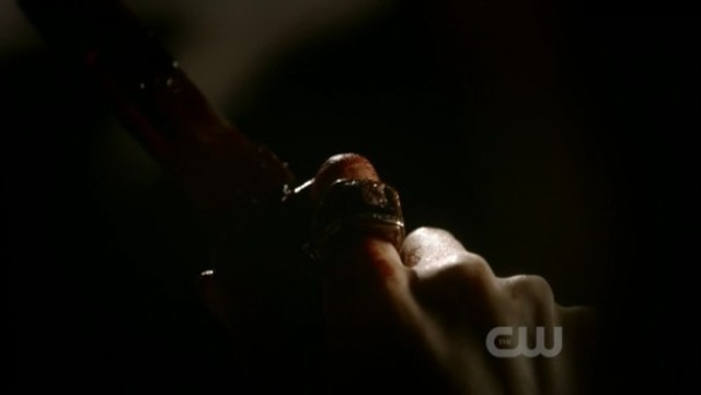 The Vampire Diaries 3x16 - Samantha's ring