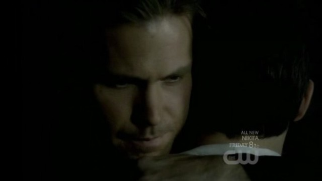 The Vampire Diaries 3x20 - Alaric hugs good bye Jeremy