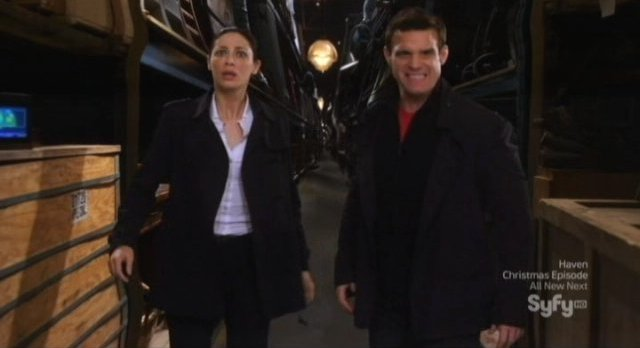 Warehouse 13 S3x13 - Trapped in the force field