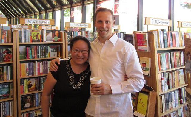 Greg Hurwitz and Tammie at Book Passage