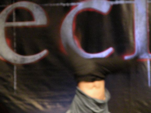 Alex Meraz upside down