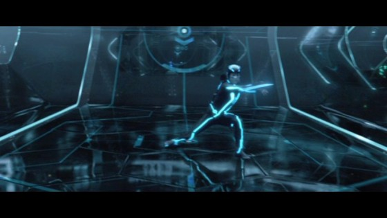 Play and win or die in TRON Legacy!