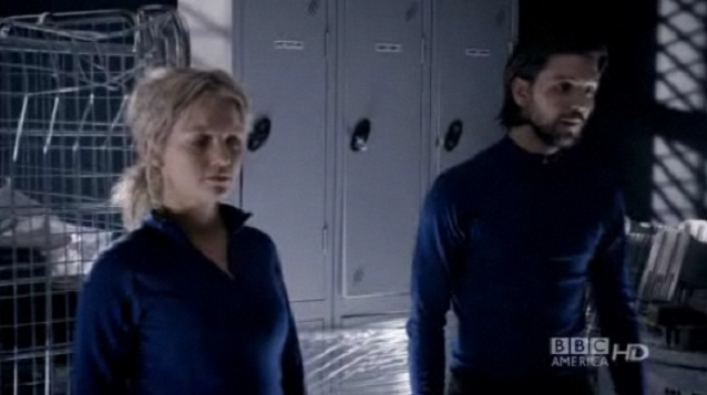 Primeval S4x02 - ARC Team comtemplates the situation