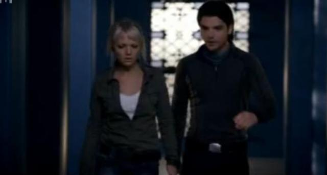 Primeval S4x04 - Abby and Conner