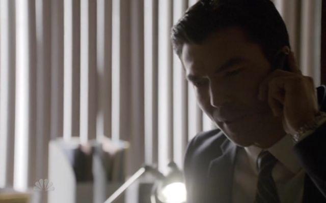 The Event S01x15 Simon on phone to Sophia