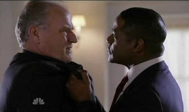 The Event S1x14 Ray and Eli Face Off