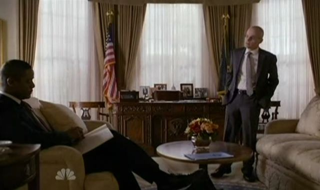 The Event S1x14 Blake And Eli In Office