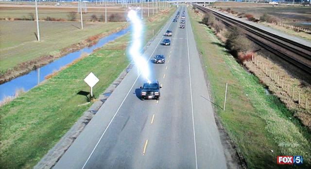 Fringe- S3x21 – Lightning hits car