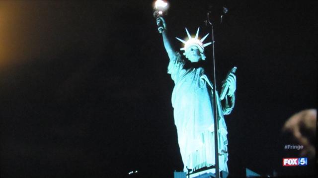 Fringe- S3x21 – Peter at Liberty Island