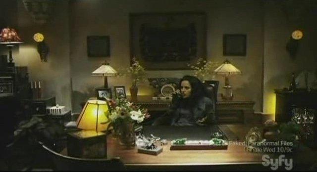 Sanctuary S3x13 - Kate in Magnus chair