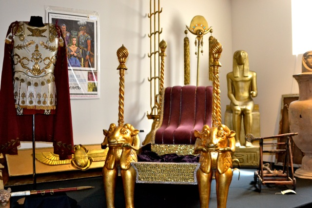 Profiles in History Debbie Reynolds - cleopatra-1