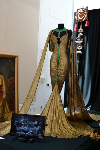 Profiles in History Debbie Reynolds - cleopatra dress-2