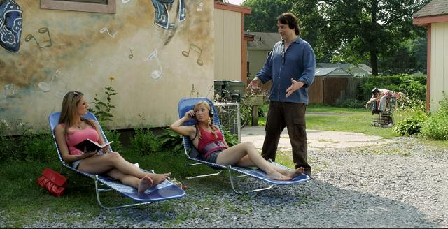 Bim (Bronson Pinchot) tries to convince Lo (Elizabeth Masucci) & Brooke (Mika Boorem)