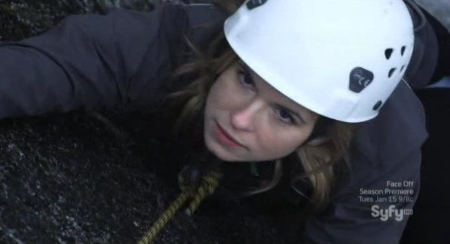 12 Disasters of Christmas - Jacey is rock climbing with her Dad