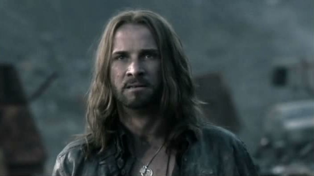 Falling Skies S3x01 - Colin Cunningham as the irrascable John Pope