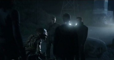 Falling Skies S3x01 - Red Eye meets with Tom, Weaver and Ben