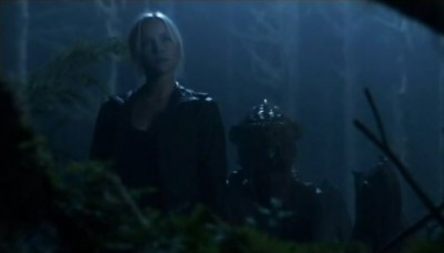 Falling Skies S3x02 - Karen looks on as Maggie escorts Hal from the forest