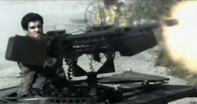 Fallings Skies S3x01 - Hal unloads a salvo from the 50 cal
