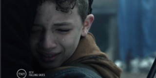 Falling Skies S3x05 Ben and Matt tears