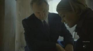 Alcatraz S1x05 - Rebecca finds the hidden box