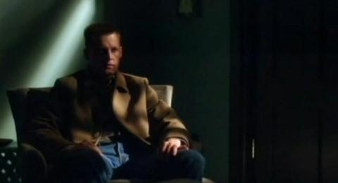 Alcatraz S1x10- Tommy watching Rebecca