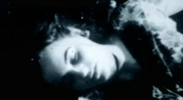 Alcatraz S1x08-Ellen Casey's body