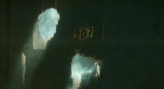 Alcatraz S1x08-Shotgun blast